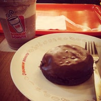 Photo taken at Dunkin' Donuts by endang d. on 1/25/2015