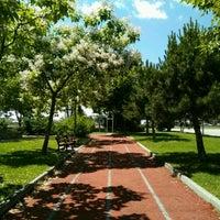 Photo taken at batı parkı yürüyüş yolu by rbtkn on 8/1/2016