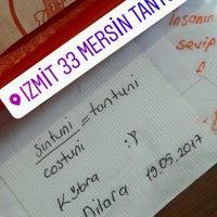 Photo taken at 33 Mersin Tantuni by Dilara Ü. on 5/19/2017