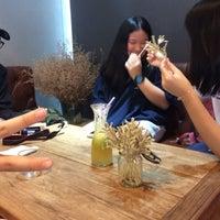 Photo taken at Chuen Juice Bar by Trudjean on 10/7/2016
