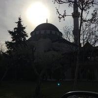 Photo taken at Bahçelievler Merkez Camii by Hüseyin K. on 12/25/2015
