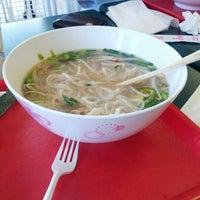 Photo taken at Jamboree Kitchen Vietnamese by Brooks R. on 10/12/2012