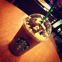 Photo taken at Starbucks by ☆NuniⒺ™。◦•°●✎ J. on 12/27/2012