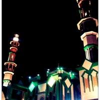 Photo taken at Jusela Mesjid Raya by Isal M. on 11/14/2012
