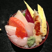 Photo taken at Circle Sushi by Kevin C. on 7/30/2013