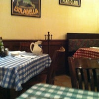 Photo taken at Italianni's Pizza, Pasta & Vino by Cesar P. on 2/9/2013