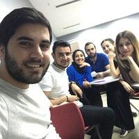 Photo taken at Nişantaşı üniversitesi Sağlık Bilimleri Fakültesi by Ferdi P. on 6/10/2017
