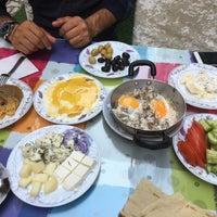 Photo taken at Eylül Kahvaltı Salonu by Mehmet Y. on 8/16/2017