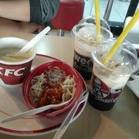 Photo taken at KFC by Onod I. on 10/1/2012