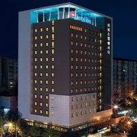 Foto tirada no(a) Ibis Ambassador Hotel por Meriniza T. em 10/27/2012
