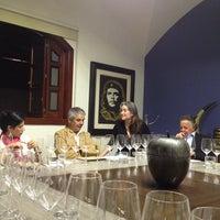 11/6/2013 tarihinde Mónica R.ziyaretçi tarafından El Club del Vino Mexicano'de çekilen fotoğraf