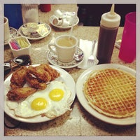 Photo taken at Lincoln's Waffle Shop by Melissa S. on 1/20/2013