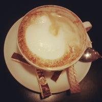 Снимок сделан в Traveler's Coffee пользователем Яна Бабоян 1/11/2013