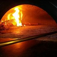 Photo taken at Spacca Napoli Pizzeria by Ana Cavagnoli (. on 3/3/2013