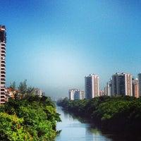 6/1/2013 tarihinde Guto C.ziyaretçi tarafından Barra da Tijuca'de çekilen fotoğraf