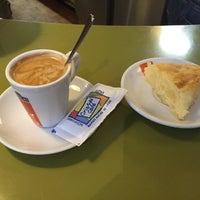 Foto tomada en Café Bar Cristal por Manuel L. el 10/1/2014