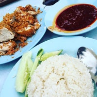 Photo taken at nasi lemak kak nor by blxckdevil on 11/30/2015