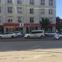 Photo taken at T.C. Ziraat Bankası Hürriyet Caddesi Şubesi by Umit Z. on 7/12/2016