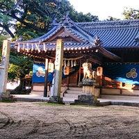 Photo taken at 厳島神社 by こうちゃん on 10/21/2013