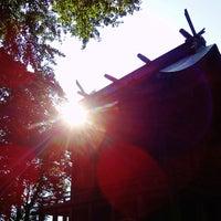 Photo taken at 厳島神社 by こうちゃん on 4/8/2013