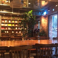 Photo taken at 빨간책방 Café by Yan S. on 12/31/2017
