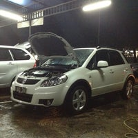 Photo taken at CM 99 Car Wash by Vendra A. on 1/20/2013