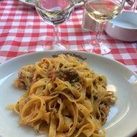 Das Foto wurde bei Pizzeria El Portico von Baltazar S. am 8/23/2015 aufgenommen