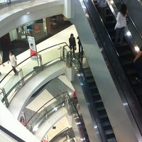 Photo taken at Siam Discovery by KyungMoo L. on 10/15/2012