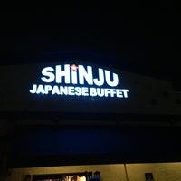 Das Foto wurde bei Shinju Japanese Buffet von Chris B. am 1/26/2013 aufgenommen