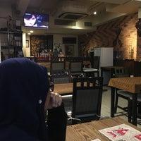 Photo taken at Kafe Bintang by aisyah h. on 3/22/2017