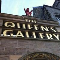 Photo taken at The Queen's Gallery by Darlan F. on 11/24/2012