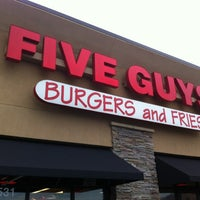 Photo taken at Five Guys by Wesley S. on 11/27/2012