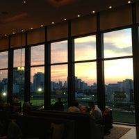 Foto tirada no(a) The St. Regis Bar por Alenka ✔ M. em 5/9/2013