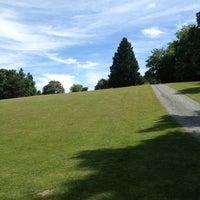 Das Foto wurde bei Woodland Park von Carly H. am 6/22/2013 aufgenommen