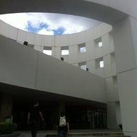 Foto tomada en Plaza Universidad por Kristina .. el 8/25/2013