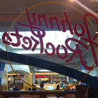 Photo taken at Johnny Rockets by EmrE E. on 1/27/2017