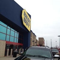 Photo taken at Best Buy by Sean M. on 11/23/2012