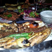 2/17/2013 tarihinde Ali R.ziyaretçi tarafından Kebapçı Şeyhmus'de çekilen fotoğraf
