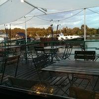 Das Foto wurde bei Sürther Bootshaus von Maxim L. am 9/11/2013 aufgenommen