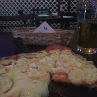 Foto tomada en Motolini Ravioli Bar por l' Osservatore. P. el 4/30/2018