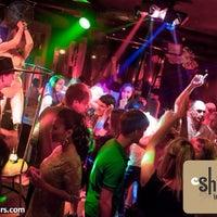Снимок сделан в Shishas Lounge Bar пользователем Ilya L. 7/19/2013