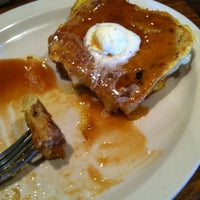 Photo taken at Cracker Barrel Old Country Store by Eugene L. on 10/28/2012