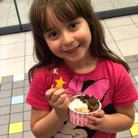 5/4/2018 tarihinde Zeynep M.ziyaretçi tarafından Dondurma Dükkanı Fener Şubesi'de çekilen fotoğraf