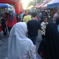 Photo taken at Pasar Malam Seksyen 17 by Farahin 9. on 2/16/2016