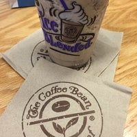 Photo taken at The Coffee Bean & Tea Leaf by Lisa S. on 7/7/2016