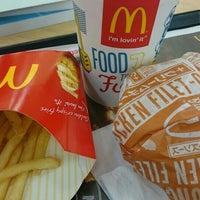 Photo taken at McDonald's by Noriko H. on 6/16/2016
