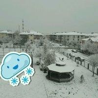 Photo taken at Ertuğrul Gazi Anadolu Lisesi by Şerif Faruk A. on 12/2/2016