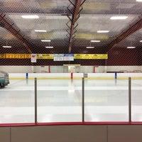 Photo taken at Meachem Ice Rink by Ulf O. on 11/24/2012