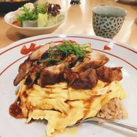 Photo taken at Pasta Zanmai by Weiyi 🐳 on 2/3/2016