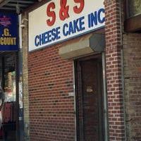 Photo taken at S & S Cheesecake by Sonny K. on 7/16/2015